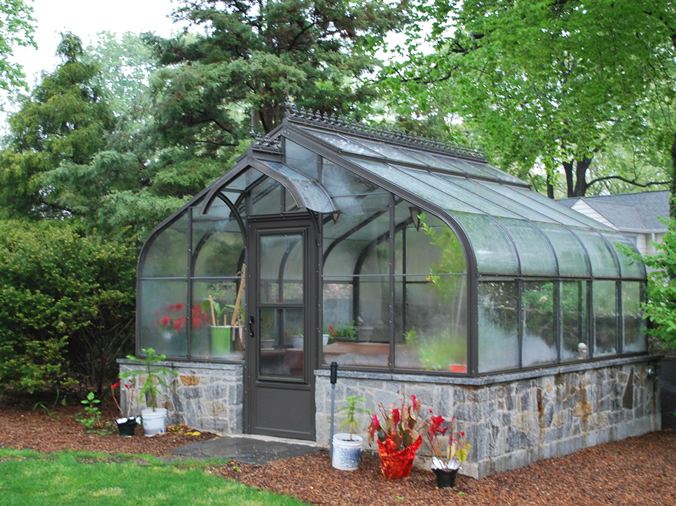 curved-eave greenhouse